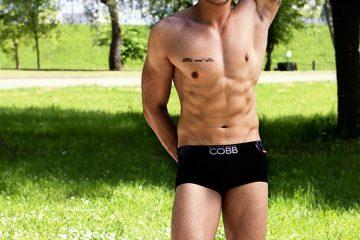 Alexander-COBB-underwear-David-photo01