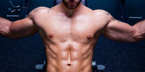 Daniel-at-the-gym-Alexander-COBB-underwear-01