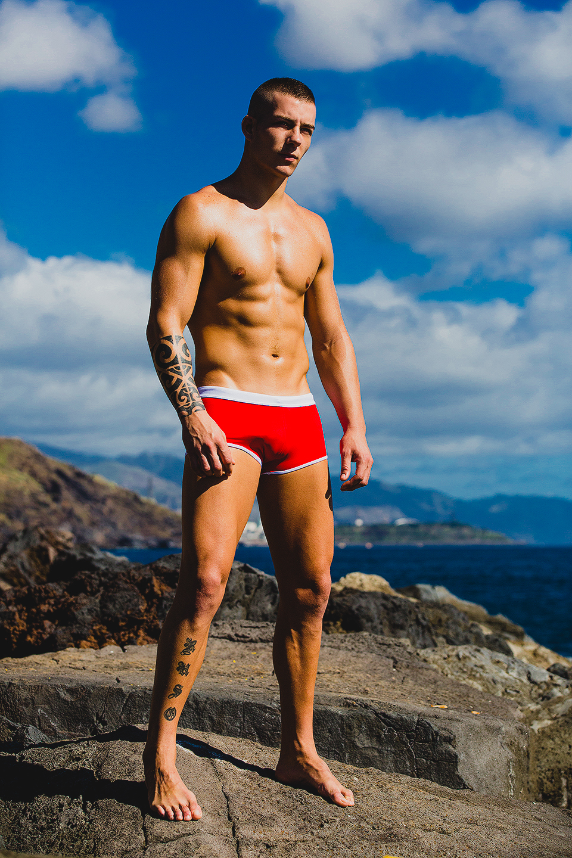 ChristopherGarcíabyAdrianCMartin-ST33LEswimwear01