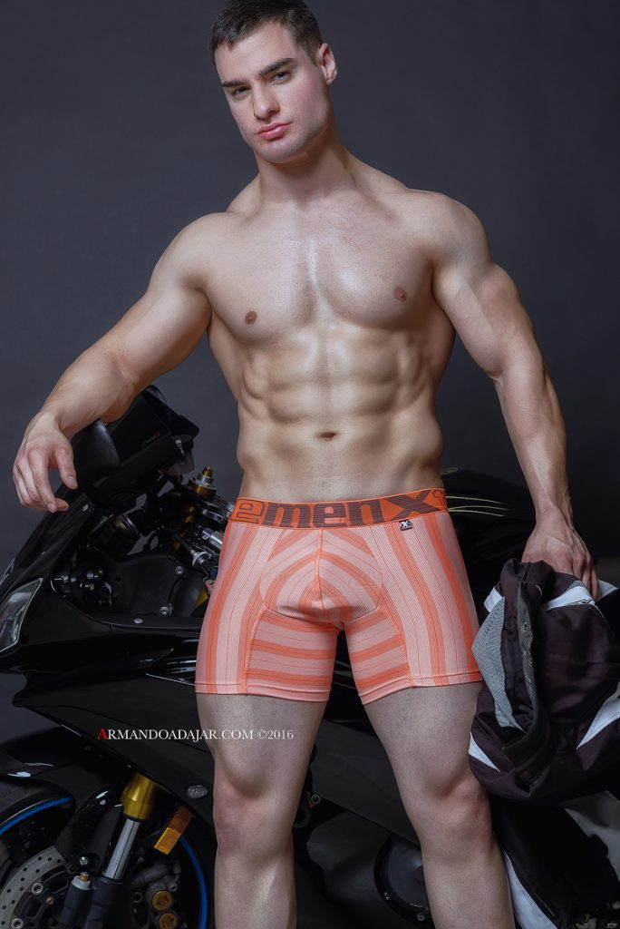 model-julian-miguel-by-armando-adajar-for-xtremen-underwear-05