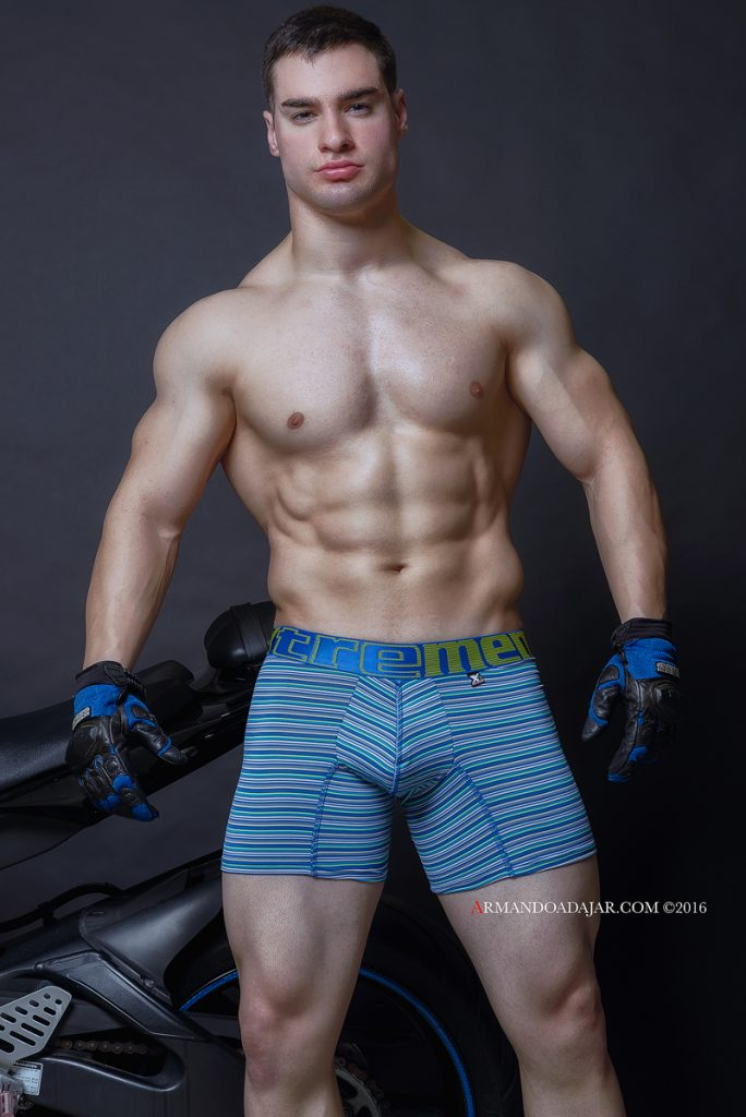 model-julian-miguel-by-armando-adajar-for-xtremen-underwear-06