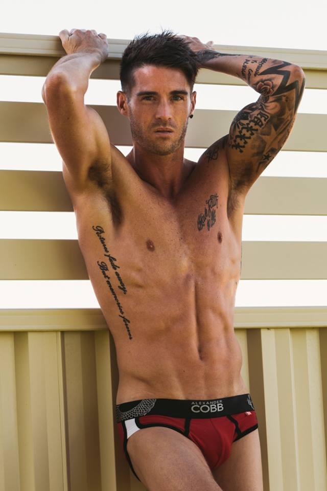 aussieBum men's underwear, men's swimwear. Shop online mens underwear, mens swimwear & mens clothing.