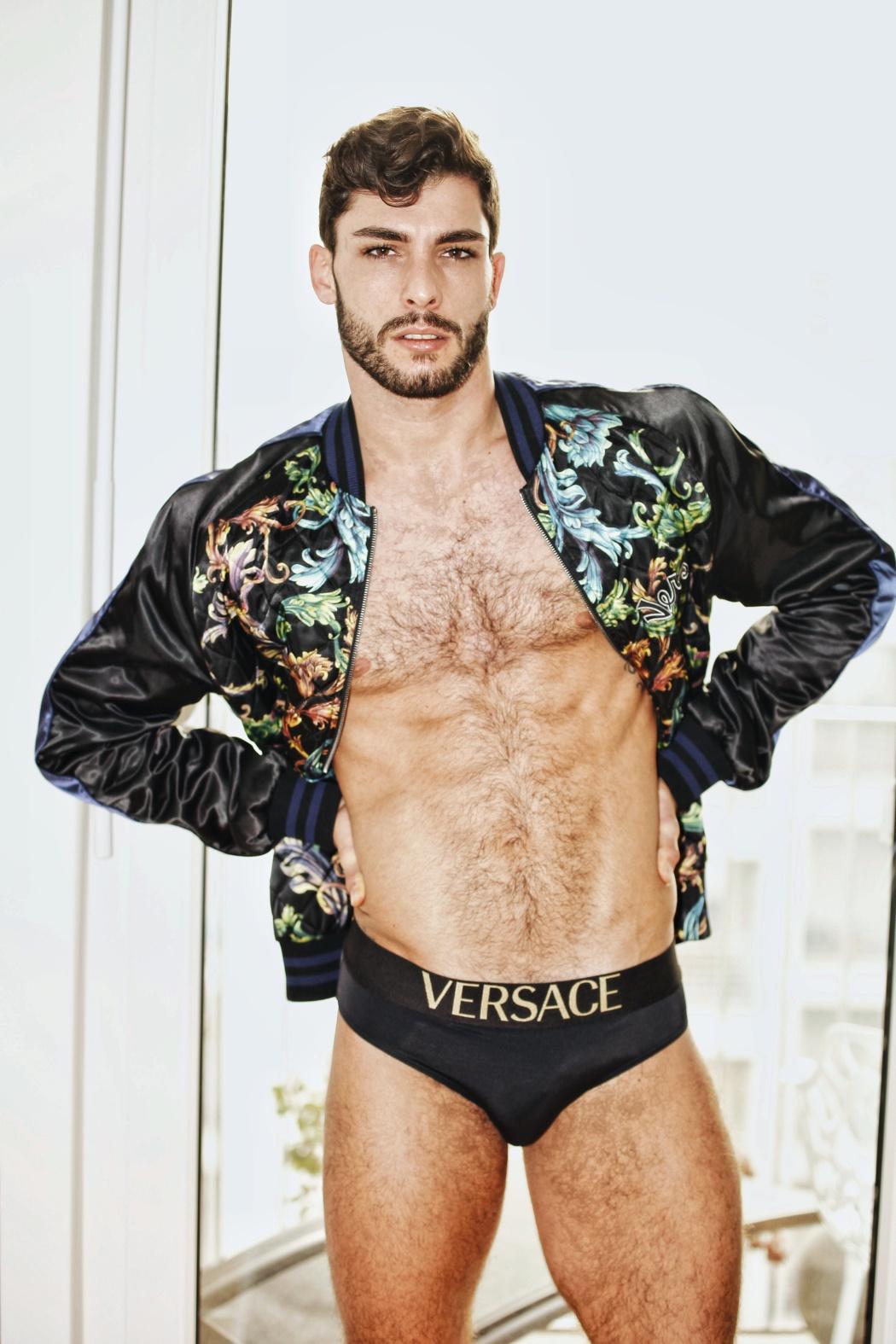 Paolo Busti - Versace swimwear kaltblut magazine