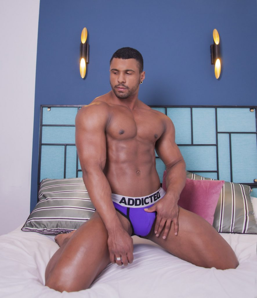 Addicted underwear - Eric Uchoa by Inch photography