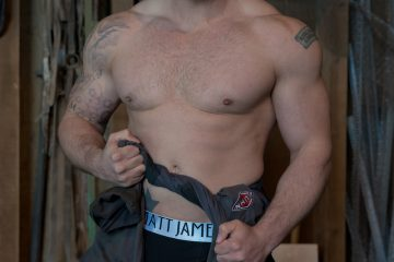 Matt James underwear black boxers Model Perrie by Markus Brehm