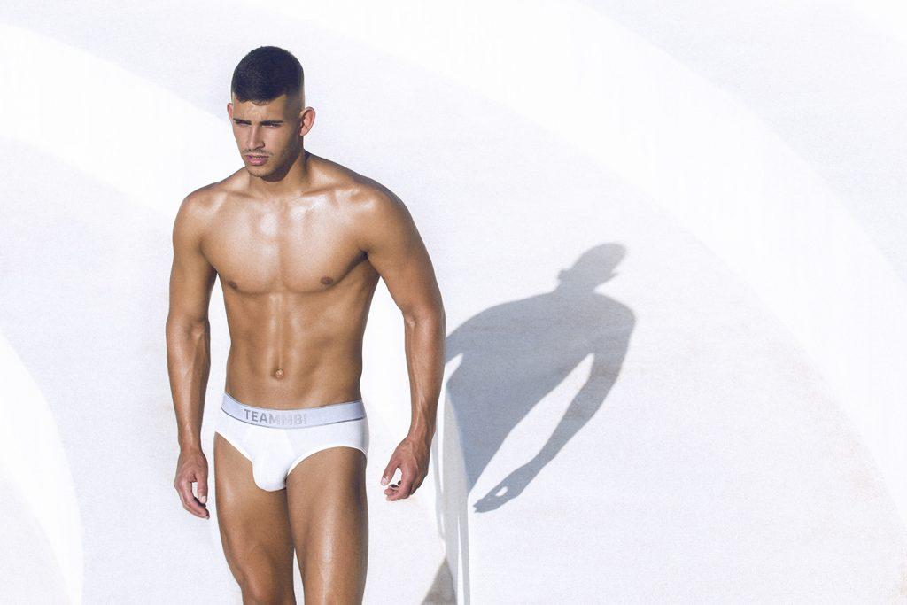 teamm8 underwear - naked briefs white