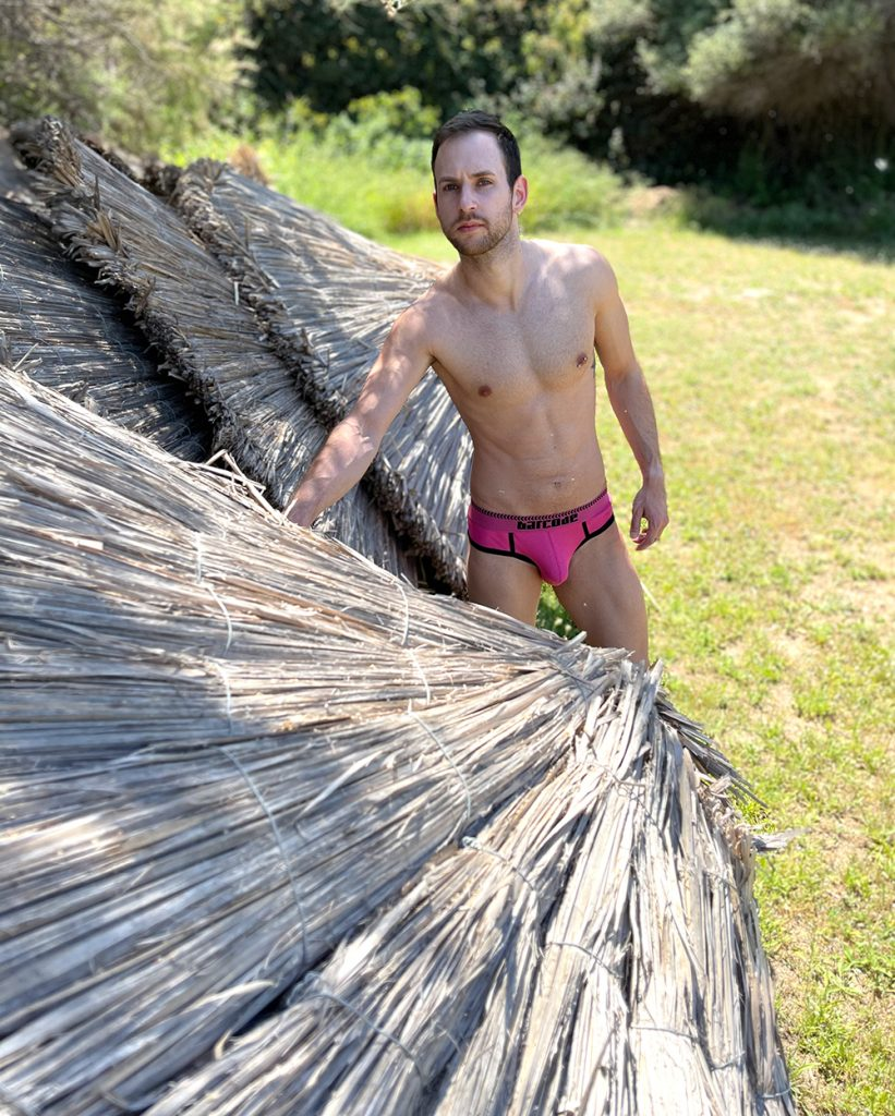 Barcode Berlin - Solger Briefs Pink - Model Stathis for Men and Underwear