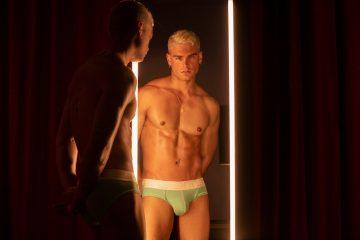 CODE 22 underwear - Bright Briefs