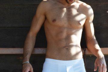 Stathis Kapravelos - Bluebuck Triple white trunks