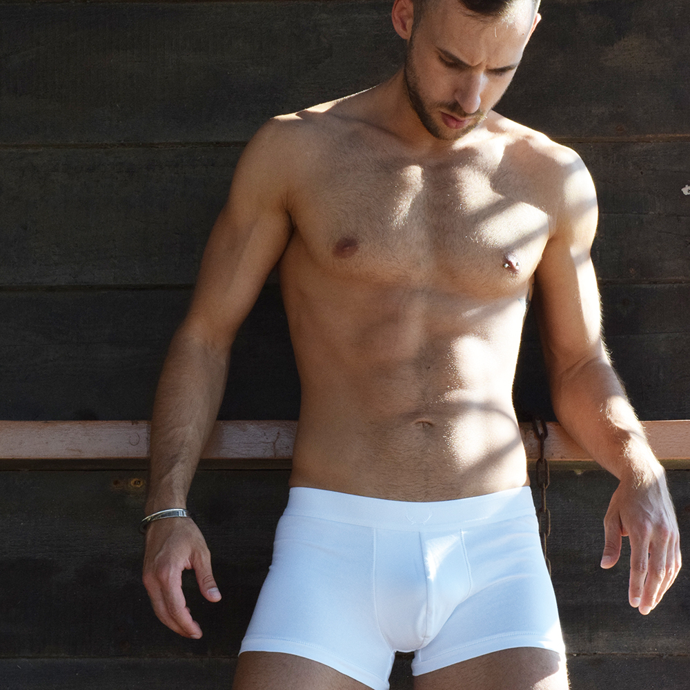 Stathis Kapravelos - Bluebuck Triple white trunks